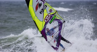 kenneth-danielsen-d-38-kia-cold-hawaii-pwa-world-cup-2013_ArticleImageNews-320x172